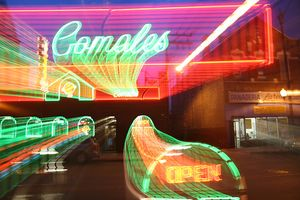 Los Comales is Open (in Chicago's Pilsen neighborhood) by Senor Codo, under Creative Commons license on flickr.com