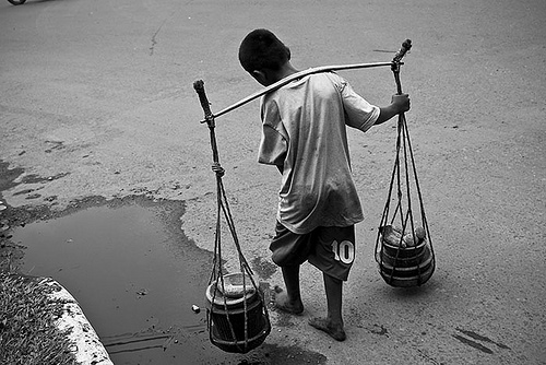 Child Labour - Indonesia - Bandung01 by Henri Ismael.